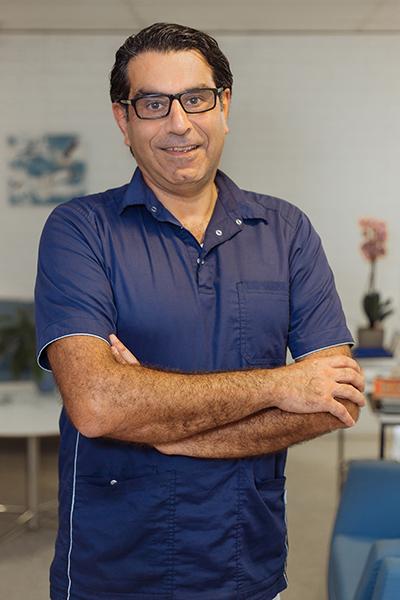 Farid Akhlaghi
